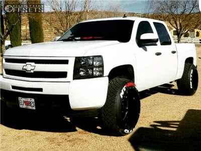 "2009 Chevrolet Silverado 1500 - 22x14 -76mm - Moto Metal Mo962 - Suspension Lift 3.5"" - 305/45R22"
