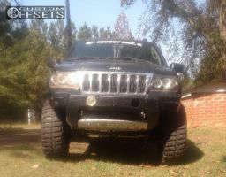 "2004 Jeep Grand Cherokee - 17x9 -12mm - Helo He879 - Suspension Lift 7"" - 35"" x 12.5"""