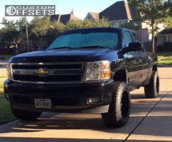 2011 Chevrolet Silverado 1500 - 20x12 -44mm - Fuel Maverick - Leveling Kit - 305/50R20