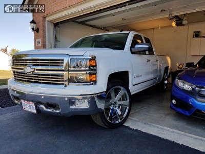 "2014 Chevrolet Silverado 1500 - 22x9.5 30mm - Foose Switch - Level 2"" Drop Rear - 275/45R22"