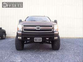 "2007 Chevrolet Silverado 1500 - 20x10 -12mm - Fuel Dune - Suspension Lift 7.5"" - 35"" x 12.5"""