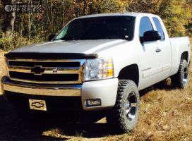 """2007 Chevrolet Silverado 1500 - 17x9 -12mm - Xd Spy - Leveling Kit & Body Lift - 33"""" x 12.5"""""""