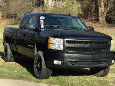 "2007 Chevrolet Silverado 1500 - 17x9 18mm - Anthem Off-Road Defender - Suspension Lift 3.5"" - 265/70R17"