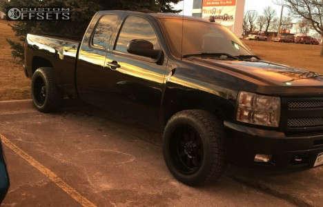 """2011 Chevrolet Silverado 1500 - 20x10 -19mm - Gear Off-Road Big Block - Level 2"""" Drop Rear - 275/55R20"""