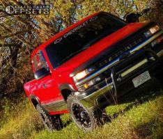 2000 Chevrolet Silverado 1500 - 17x9 18mm - Xd Hoss - Stock Suspension - 275/65R17