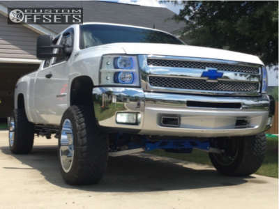 """2012 Chevrolet Silverado 1500 - 20x12 -44mm - Fuel Maverick D536 - Suspension Lift 3.5"""" - 33"""" x 12.5"""""""