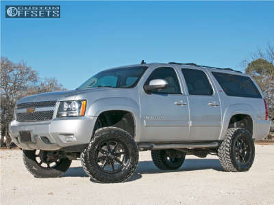 "2010 Chevrolet Suburban - 20x10 -12mm - Steel Off-Road SD610 - Suspension Lift 7"" - 35"" x 12.5"""