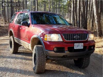 "2004 Ford Explorer - 16x8 0mm - American Racing AR923 - Suspension Lift 3"" - 285/75R16"