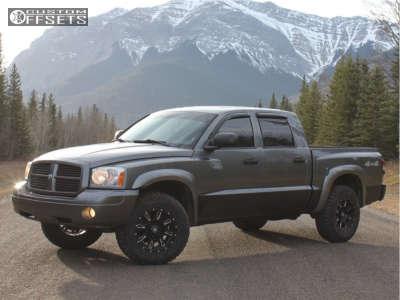 "2006 Dodge Dakota - 17x9 0mm - K2 Offroad Denali - Stock Suspension - 33"" x 10.5"""