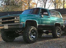 "1989 Chevrolet Blazer - 16x10 -25mm - Dick Cepek Dc-2 - Suspension Lift 8"" - 37"" x 13.5"""
