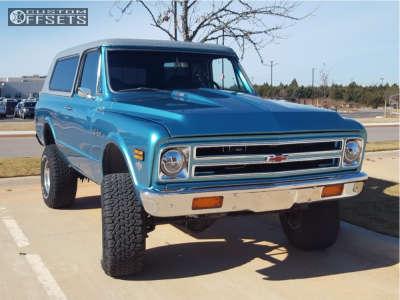 "1972 Chevrolet Blazer - 15x10 -44mm - Eagle Alloy Series 058 - Suspension Lift 4"" - 33"" x 12.5"""