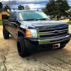 "2011 Chevrolet Silverado 1500 - 20x12 -44mm - Brute Reaper - Leveling Kit - 33"" x 12.5"""