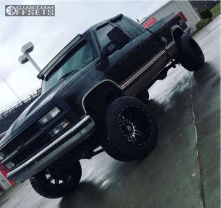 "1998 Chevrolet K2500 - 20x14 -76mm - XD Xd809 - Suspension Lift 6"" - 35"" x 12.5"""