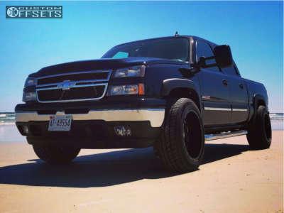 "2006 Chevrolet Silverado 1500 - 20x12 -44mm - Dwg Offroad Dw10 - Level 2"" Drop Rear - 305/50R20"