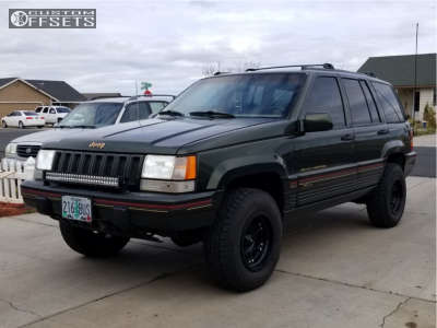 1995 Jeep Grand Cherokee - 15x8 -19mm - Ultra Mongoose - Stock Suspension - 235/75R15