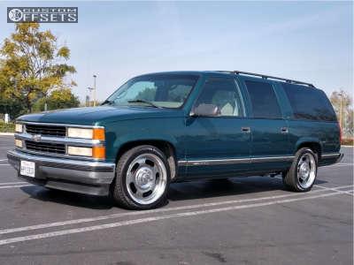 1999 Chevrolet Suburban - 20x9.5 20mm - Vision Rally - Lowered 2F / 4R - 245/45R20