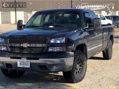 2004 Chevrolet Silverado 1500 - 16x8 0mm - Pro Comp Series 32 - Stock Suspension - 265/75R16