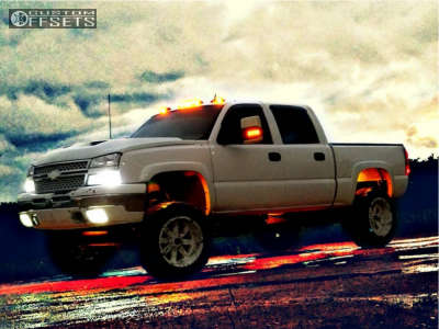 "2005 Chevrolet Silverado 1500 - 20x12 -44mm - Moto Metal Mo962 - Suspension Lift 6"" - 37"" x 12.5"""