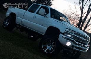 "2002 Chevrolet Silverado 1500 - 22x14 -76mm - Fuel Octane - Suspension Lift 8"" - 37"" x 13.5"""