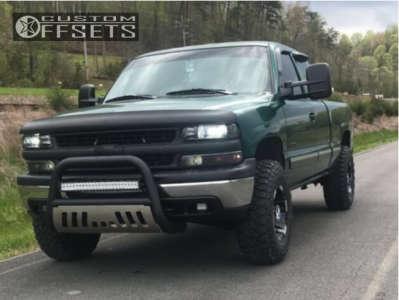 2000 Chevrolet Silverado 2500 - 16x9 -12mm - Moto Metal Mo951 - Leveling Kit - 285/75R16