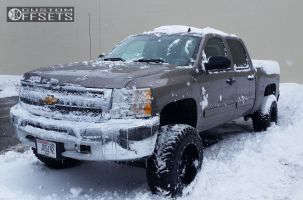 "2012 Chevrolet Silverado 1500 - 18x12 -44mm - Fuel Maverick - Suspension Lift 6"" - 33"" x 12.5"""