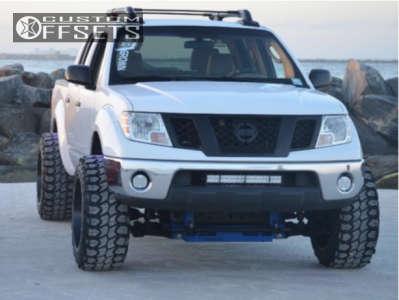 "2010 Nissan Frontier - 20x12 -44mm - Moto Metal Mo970 - Suspension Lift 5.5"" - 33"" x 12.5"""