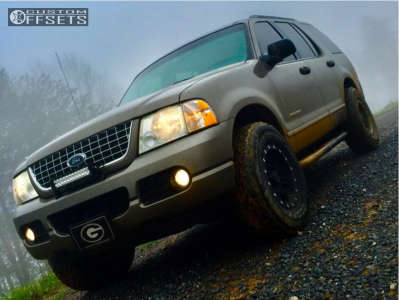 2005 Ford Explorer - 16x8 0mm - Pro Comp Series 31 - Stock Suspension - 265/75R16