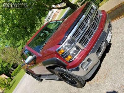 "2014 Chevrolet Silverado 1500 - 20x9 0mm - Moto Metal Mo970 - Suspension Lift 2.5"" - 285/55R20"