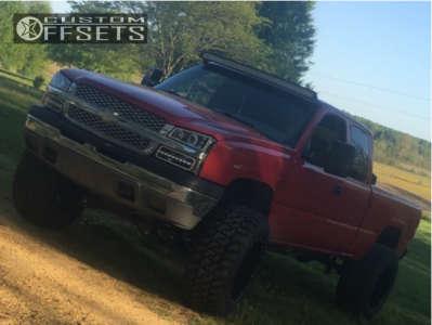 """2003 Chevrolet Silverado 1500 - 22x14 -76mm - Cali Offroad Americana - Suspension Lift 6"""" & Body 3"""" - 38"""" x 15.5"""""""