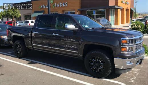2015 Chevrolet Silverado 1500 - 18x9 -12mm - Black Rhino Sierra - Stock Suspension - 255/65R18