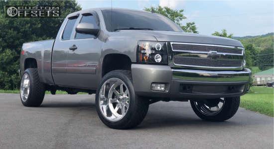 "2008 Chevrolet Silverado 1500 - 22x12 -51mm - Fuel Forged Ff09 - Suspension Lift 3.5"" - 305/45R22"