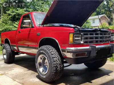 """1989 Chevrolet S10 - 15x10 -32mm - Vision Rally - Suspension Lift 2.5"""" - 31"""" x 10.5"""""""