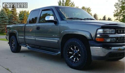 2000 Chevrolet Silverado 1500 - 16x8 0mm - Moto Metal Mo970 - Stock Suspension - 265/75R16