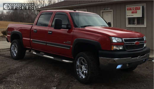 2005 Chevrolet K2500 - 20x10 -24mm - Hostile Alpha - Stock Suspension - 275/55R20