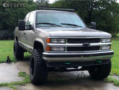 """1998 Chevrolet K1500 - 20x12 -44mm - Gear Off-Road Big Block - Suspension Lift 6"""" - 37"""" x 13.5"""""""