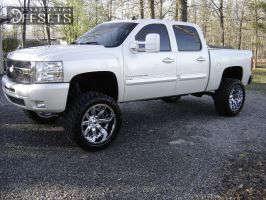 """2009 Chevrolet Silverado 1500 - 22x12 -44mm - Fuel Nutz - Suspension Lift 7.5"""" - 325/50R22"""