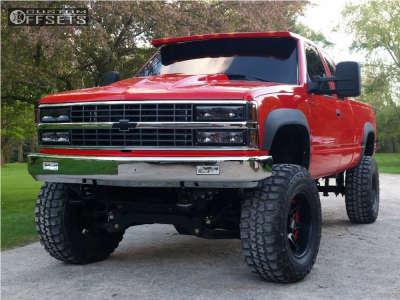 "1993 Chevrolet K2500 - 18x10 -24mm - Moto Metal Mo961 - Suspension Lift 6"" & Body 3"" - 35"" x 12.5"""