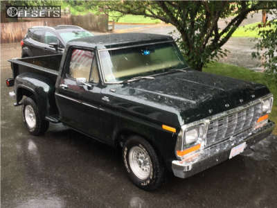 1979 Ford F-100 Pickup - 15x7 -7mm - Ultra Type 62 - Stock Suspension - 235/75R15