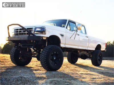 """1996 Ford F-350 - 20x12 -44mm - XD Xd775 - Lifted >12"""" - 40"""" x 15.5"""""""
