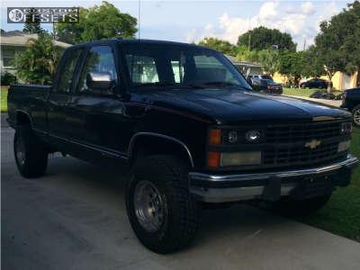 1990 Chevrolet K1500 - 16x10 -24mm - Raceline Rockcrusher - Leveling Kit - 285/75R16