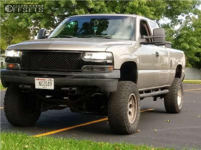 """2002 Chevrolet Silverado 1500 - 17x9 -6mm - Pro Comp Series 69 - Suspension Lift 6"""" & Body 3"""" - 35"""" x 12.5"""""""