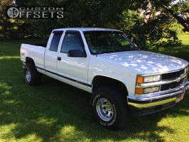 """1998 Chevrolet K1500 - 15x10 -46mm - Pro Comp 1069 - Suspension Lift 3"""" - 33"""" x 12.5"""""""