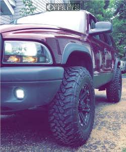 """2003 Dodge Durango - 17x8 0mm - Tuff T01 - Suspension Lift 3.5"""" - 265/70R17"""