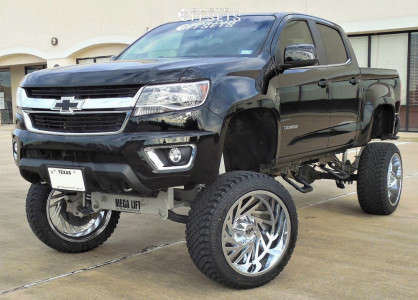 """2016 Chevrolet Colorado - 22x12 -44mm - Red Dirt Road Twister - Lifted >12"""" - 305/45R22"""