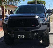 "2015 Toyota Tundra - 20x9 1mm - Fuel Maverick - Suspension Lift 4.5"" - 285/65R20"