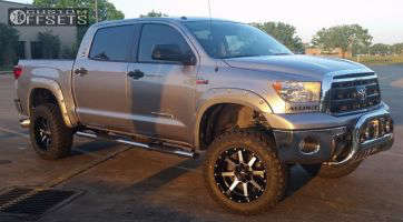 "2011 Toyota Tundra - 20x10 -12mm - Fuel Maverick - Suspension Lift 6"" - 35"" x 12.5"""