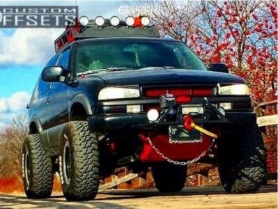 "1997 Chevrolet Blazer - 15x10 -39mm - Vision Soft 8 - Suspension Lift 2.5"" - 31"" x 10.5"""