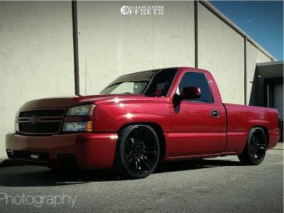 2006 Chevrolet Silverado 1500 - 22x9 31mm - Oe Performance 132 - Lowered 5F / 7R - 265/35R22