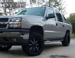 """2005 Chevrolet Avalanche - 20x10 -24mm - Moto Metal MO970 - Leveling Kit - 33"""" x 12.5"""""""