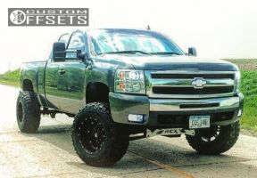 """2011 Chevrolet Silverado 1500 - 18x12 -44mm - Fuel Hostage - Suspension Lift 5"""" - 35"""" x 12.5"""""""